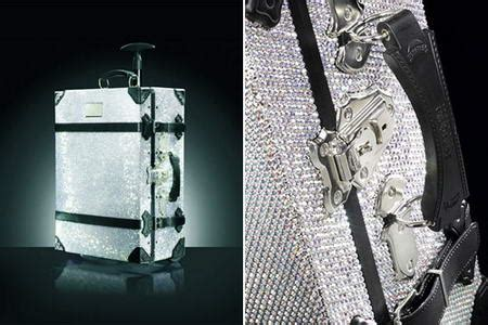 Sevigny Helps To Launch Samsonite Black Labels Trunk Collection by Samsonite Blings Its Black Label With Swarovski Crystals