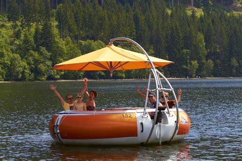 Donut Boat family donut boats donut boats bootsverleih