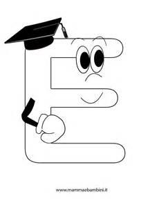 lettere dell alfabeto da colorare e ritagliare alfabetiere da stare la e mamma e bambini