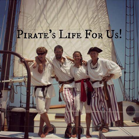 boat tour yorktown pirate cruise rates boat tours in yorktown va yorktown