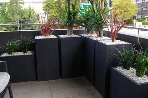 vasi per balcone fioriere da balcone vasi e fioriere tipologie di