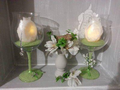 centrotavola con bicchieri centrotavola pasqua bicchiere con candela in cera a led