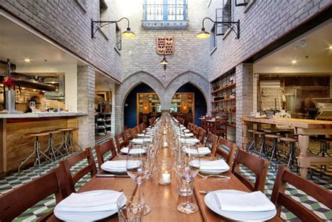 Decorating Historic Homes French Eatery R 233 Publique Opens In Los Angeles