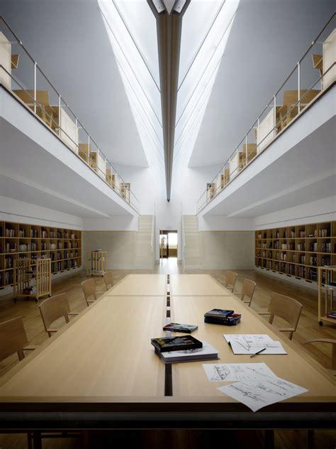 the interiors and architecture faup architecture university of oporto interior views metro c 250 bico digital