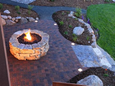 easy backyard fire pit designs concrete pavers diy fire pit ideas for cheap and easy