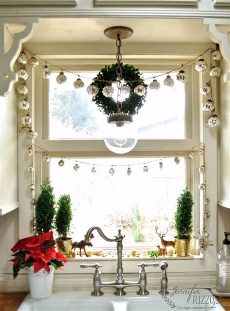window spraysnowglo christmas windowdecoration 40 stunning window decorations ideas all about