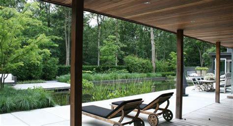 tuinhuis plaatsen op tegels keramische tegels uitleg hoe plaats ik een tuinhuis