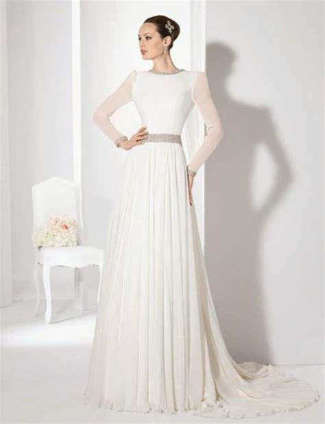 imagenes de vestidos de novia con media manga c 243 mo elegir un vestido de novia para matrimonio de noche