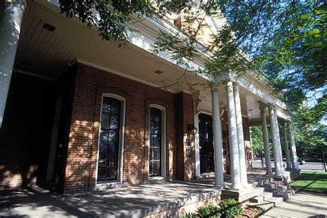Why Did Found Hull House by New Hull House Director S Vision Links Past Present Uic Today