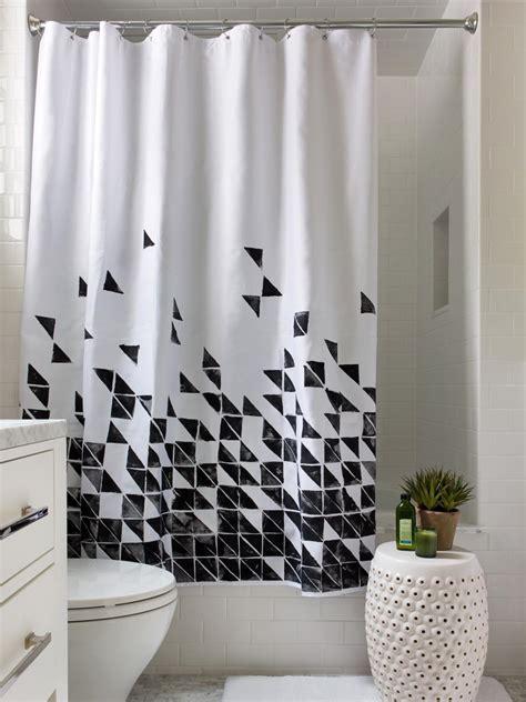 Sleek Corner Shower Room Design Featuring Turquoise Flower