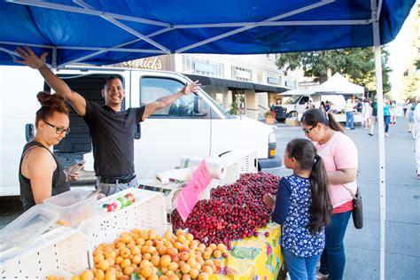 paint nite santa rosa beat the midweek blues at santa rosa s wednesday market