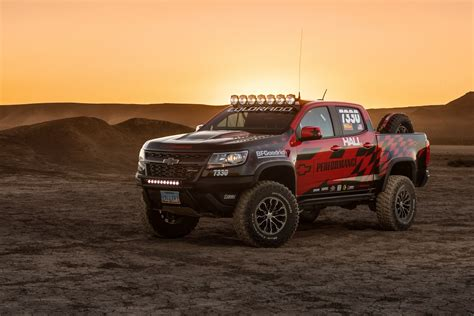 chevy colorado chevrolet colorado zr2 to compete in the vegas to reno