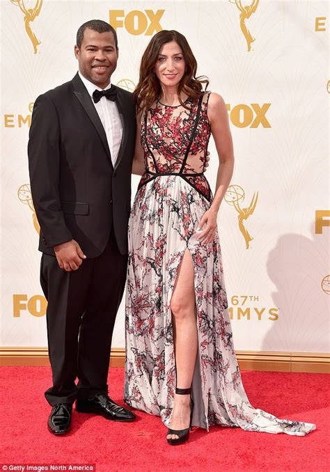 chelsea peretti and lauren lapkus chelsea peretti gets engaged to jordan peele after two