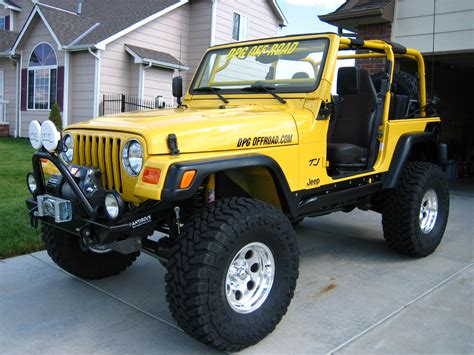 old yellow jeep built 00 wrangler sport yellow excellent condition