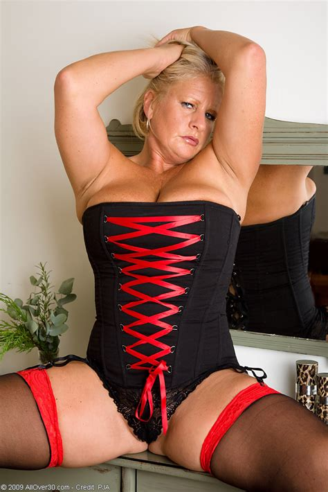 mom spread hairy busty mom robyn in red and black lingerie spreading in