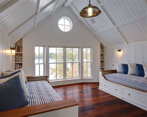Vaulted Ceiling Ideas Bedroom by 25 Best Ideas About Vaulted Ceiling Bedroom On
