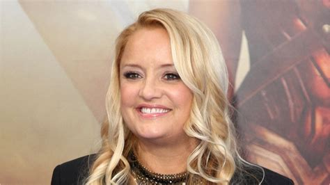 lucy davis as etta candy five things you didn t know about lucy davis