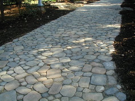 Large Paver Patio Stone Cobble For Looks And Function Landscapeadvisor