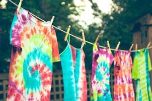 can you tie dye with food coloring how to make tie dyed clothes and crafts
