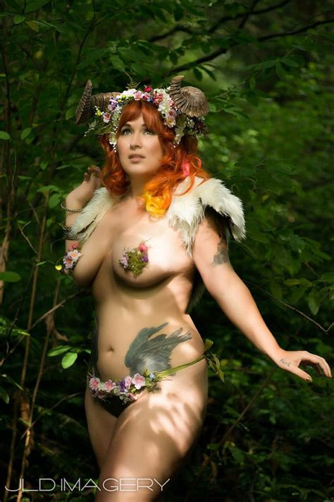 Woodland Nymph Moss And Flower Pasties
