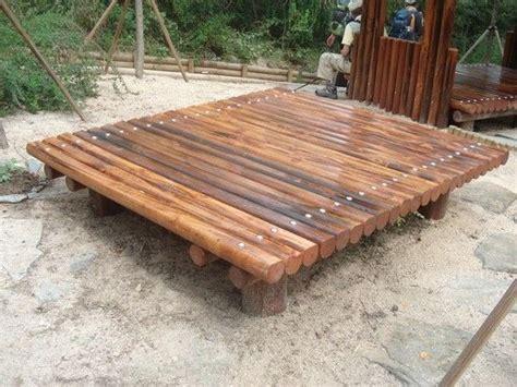 pyeong    wooden platform    bench