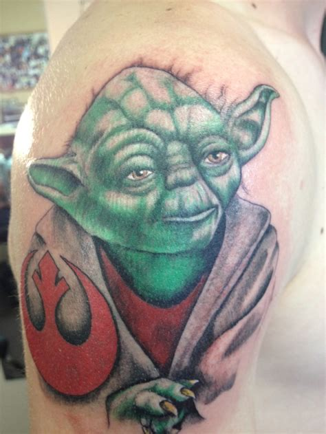 yoda tattoos 17 best images about yoda on mesas