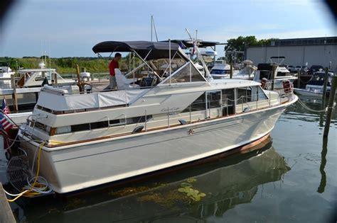 floating boat command 84 best houseboat images on pinterest houseboats
