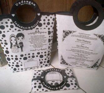 Undangan Pernikahan Bermanfaat Modern Bentuk Tas 10 best undangan murah jogja images on messages posts and