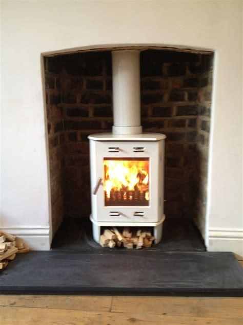 Upward Trend: 100% Feedback, Chimney & Fireplace