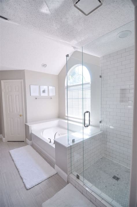 master bath wall color benjamin moore revere pewter tile