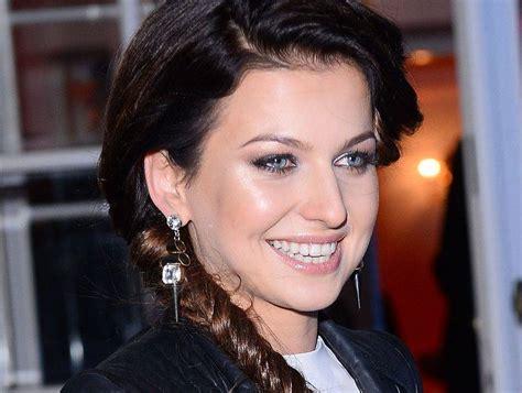fryzura jak anna lewandowska anna lewandowska pokazała nową fryzurę a sara mannei na