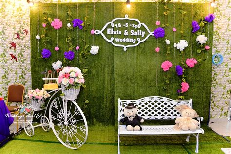 Garden Wedding Concept In Malaysia by Photo Booth Decoration