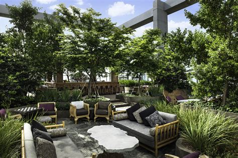 top bars in miami best rooftop bars in miami from poolside spots to outdoor clubs