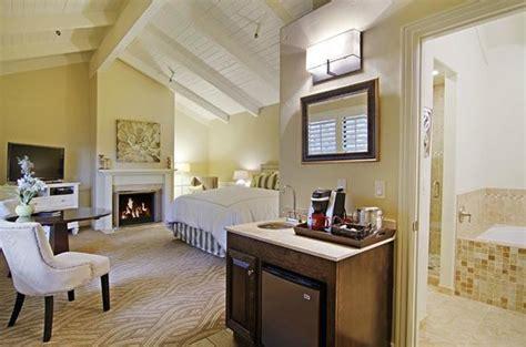 carriage house inn carmel carriage house inn carmel ca california beaches