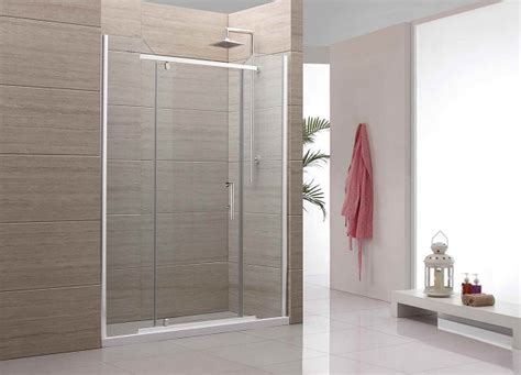 Sliding Glass Shower Door by Decorating Minimalist Bathroom With Sliding Shower Doors