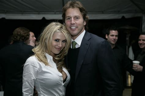 Mike Modano Will Soon Be Sleeping In Nicoles Bed by File Willa Ford And Mike Modano Jpg Wikimedia Commons