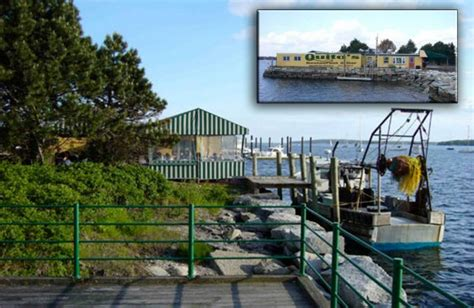 fisherman and boat owner magazine fishing boat denied dockage at bristol ri restaurant