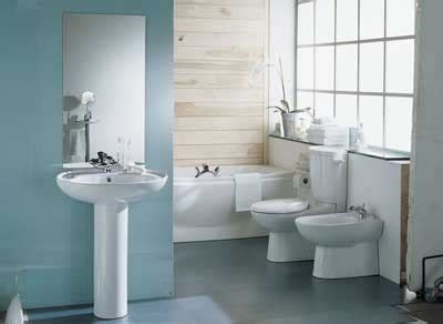 basic bathroom decorating ideas bright white bathroom decorating idea white and bright