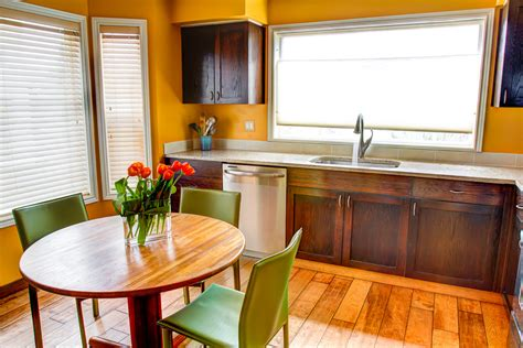 Installing Hardwood Floors in Your Seattle Home
