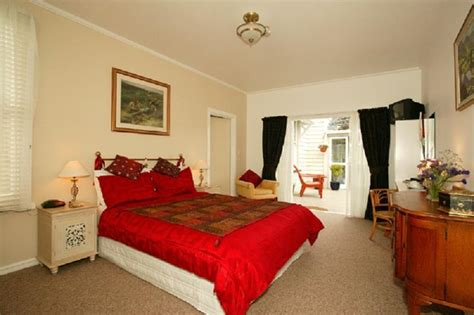Cottage Bed And Breakfast by Hotel R Best Hotel Deal Site