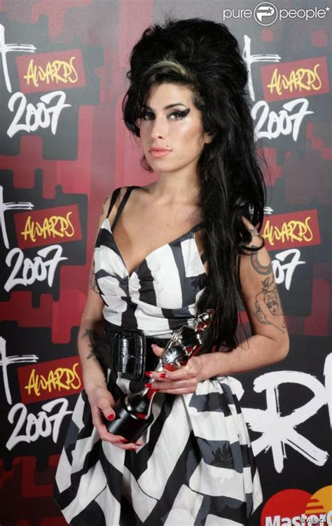 Winehouse Nabs A Brit Award by Pic Posting For 2 Page 902 Anything