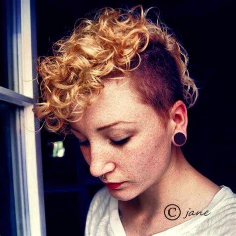 blonde pixie mohawks short curly hair hair pinterest short curly hair