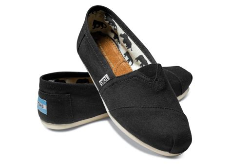 footwear gt gals shoes gt casual shoes gt toms