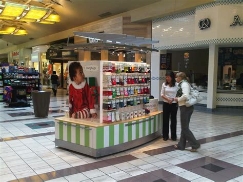 shopping ideas kiosks in malls google search kiosks pinterest
