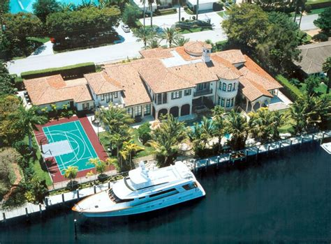 Nba Legend Scottie Pippen S Fort Lauderdale Mansion Is Oceanfront House For Rent Fort Lauderdale