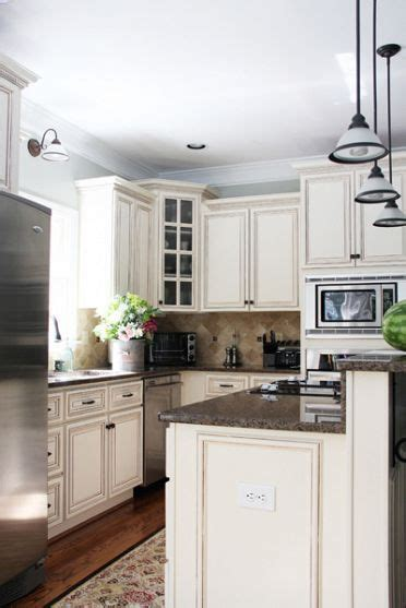 22 best images about kitchen on countertops subway tile backsplash and cabinets