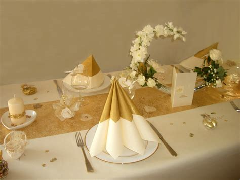 Beau Decoration Montagne Pas Cher #3: Photo-table-décoration-de-table-noces-dor-9.jpg