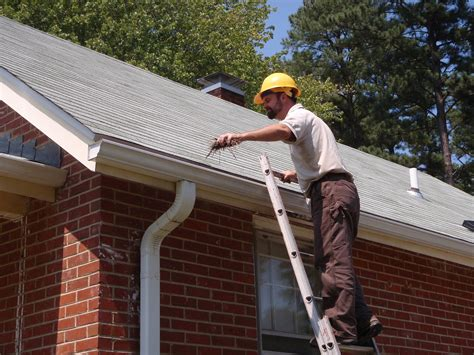 maintenance house rechs gutter cleaning serving the greater redding area