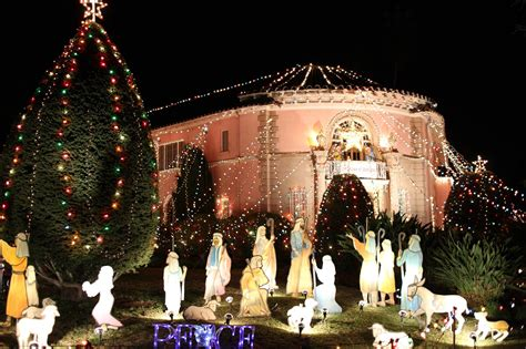 balian house lights altadena ca the balian house and tree