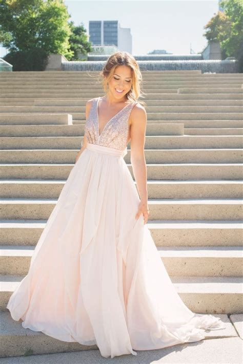 Non White Wedding Dresses by Say Quot I Do Quot To These 7 Gorgeous Non White Wedding Dresses